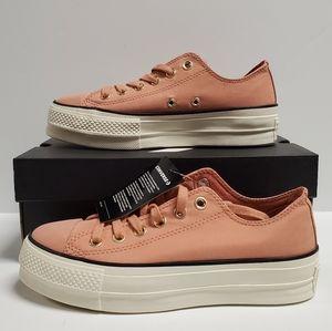 Womens Converse CTAS Lift OX Size 6.5 Plat Shoes